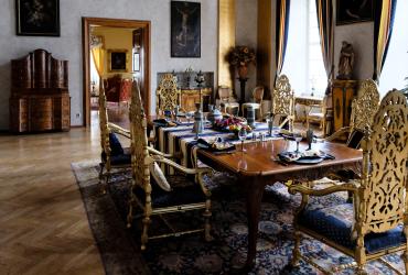 Корчма и замок Детенице