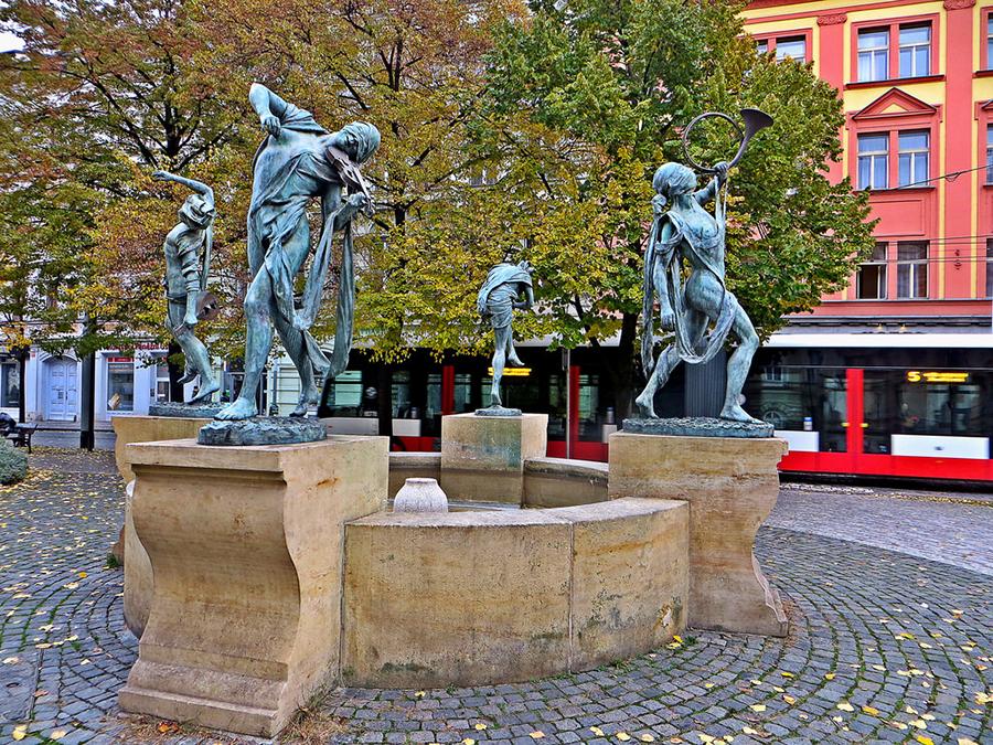 Танцующий фонтан «Чешские музыканты»